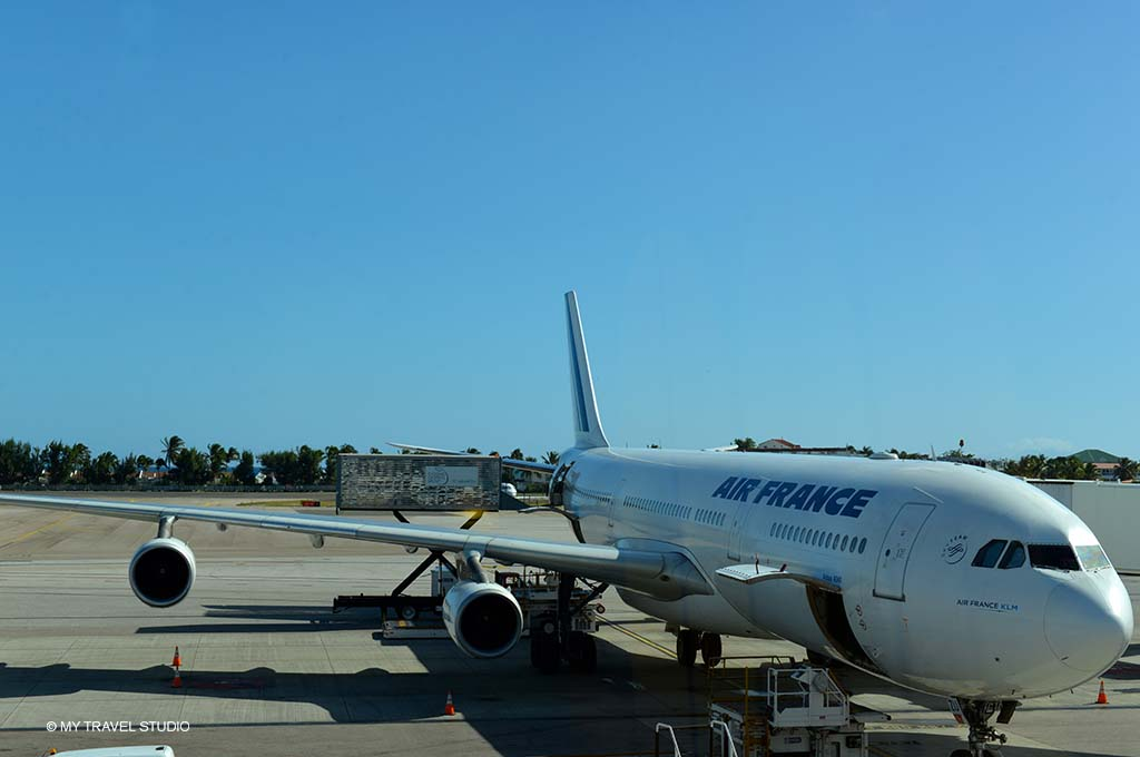 photo 1 big plane